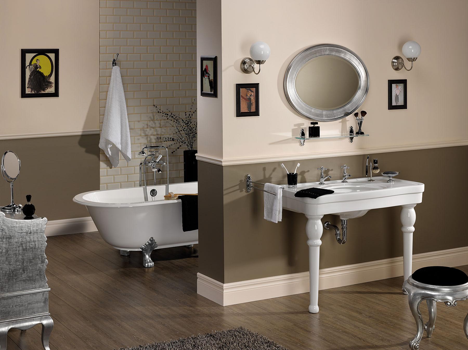 Traditional 1900 Freestanding Bath & Shower Mixer