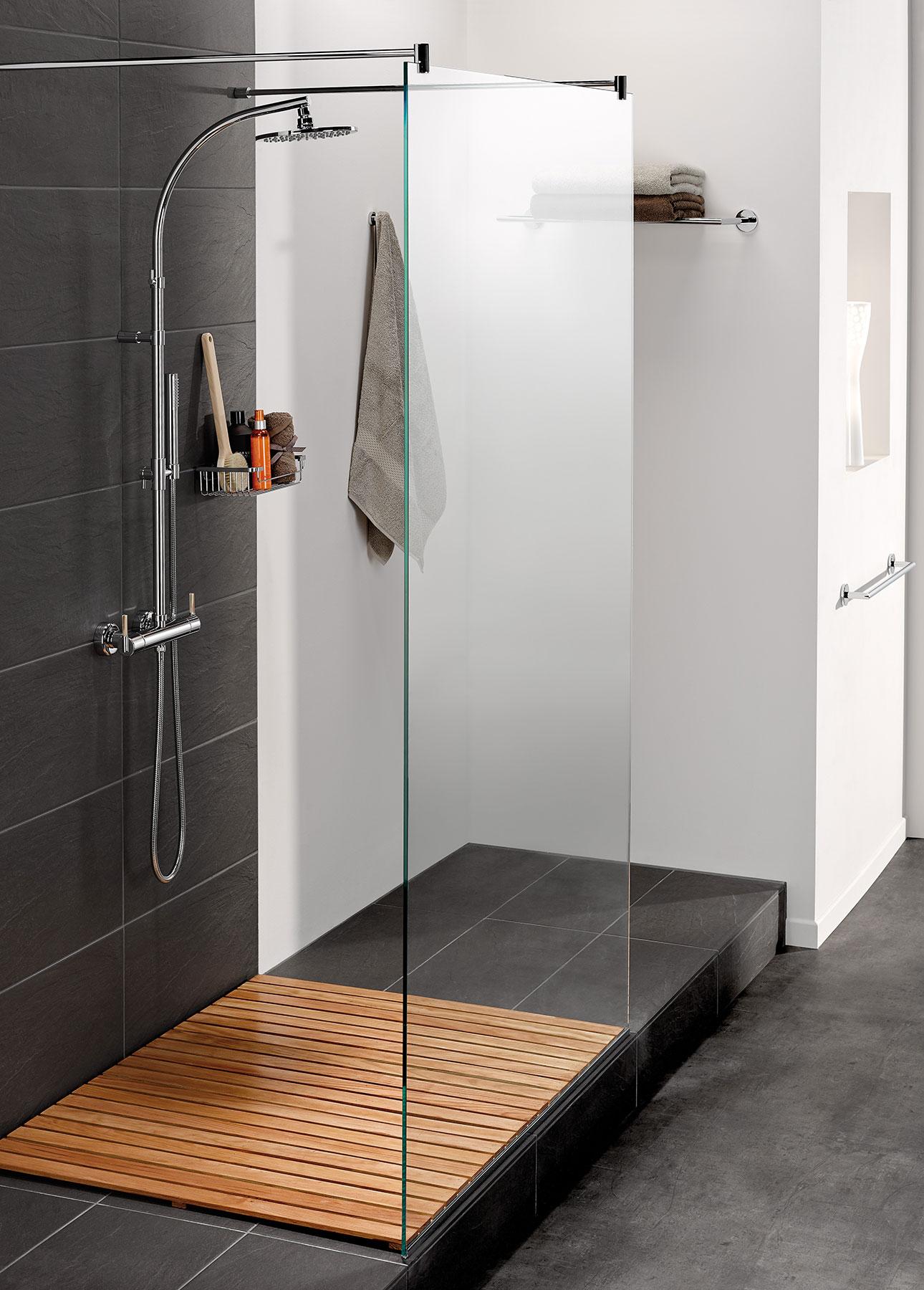 Modern Anoa Wall Mount Shower Set