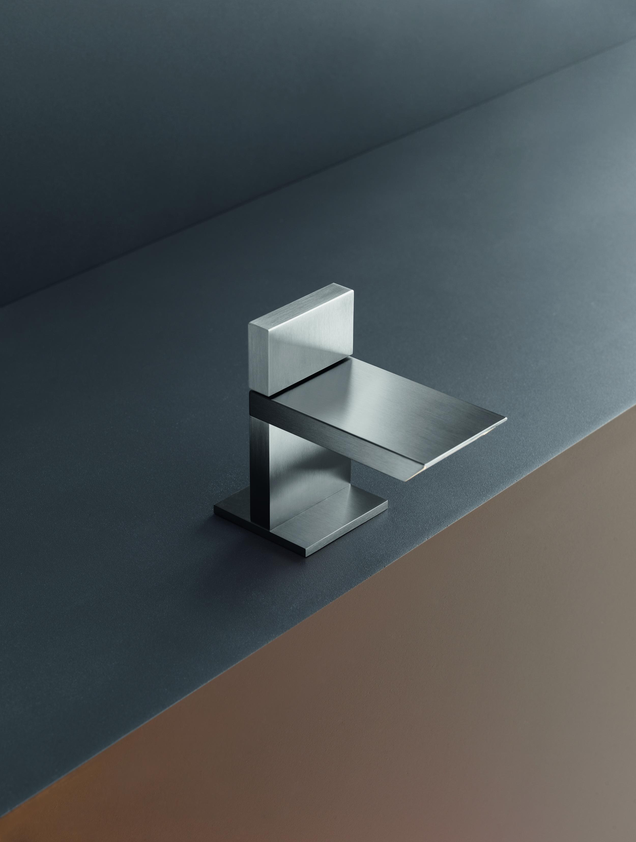 Contemporary Bar Deck Mount Faucet