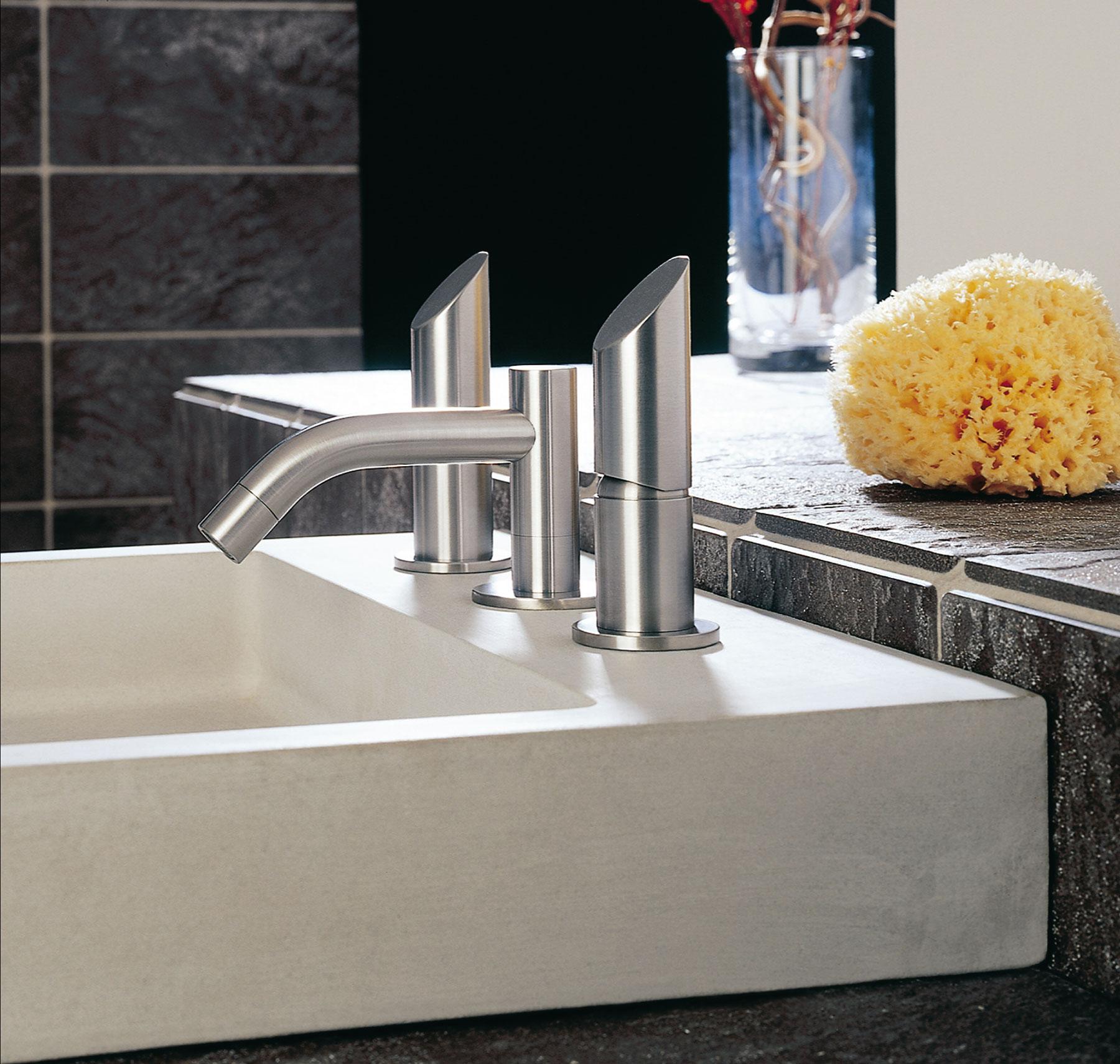 Modern Beauty Deck Mount Faucet