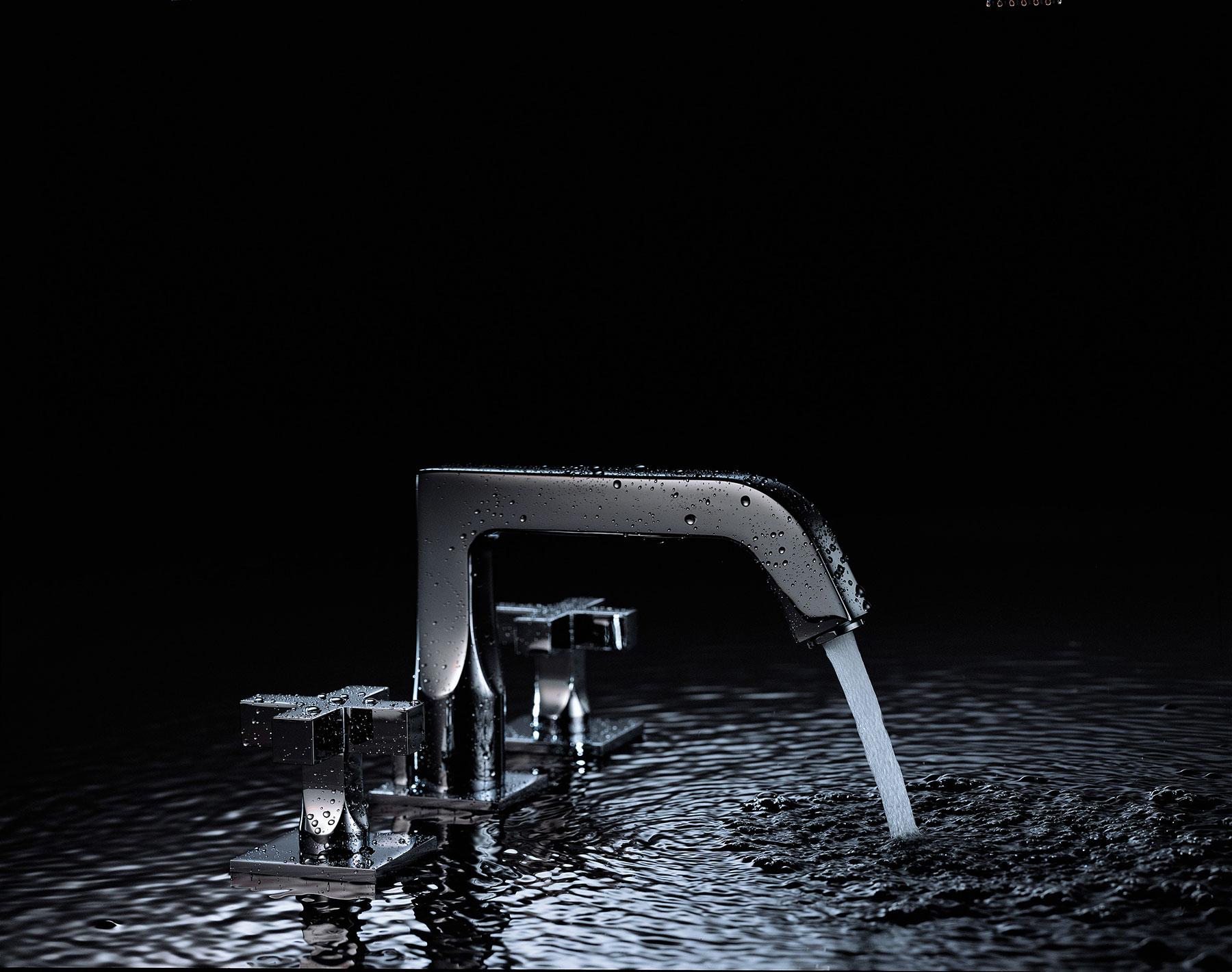 Modern Beluga Deck Mount Faucet