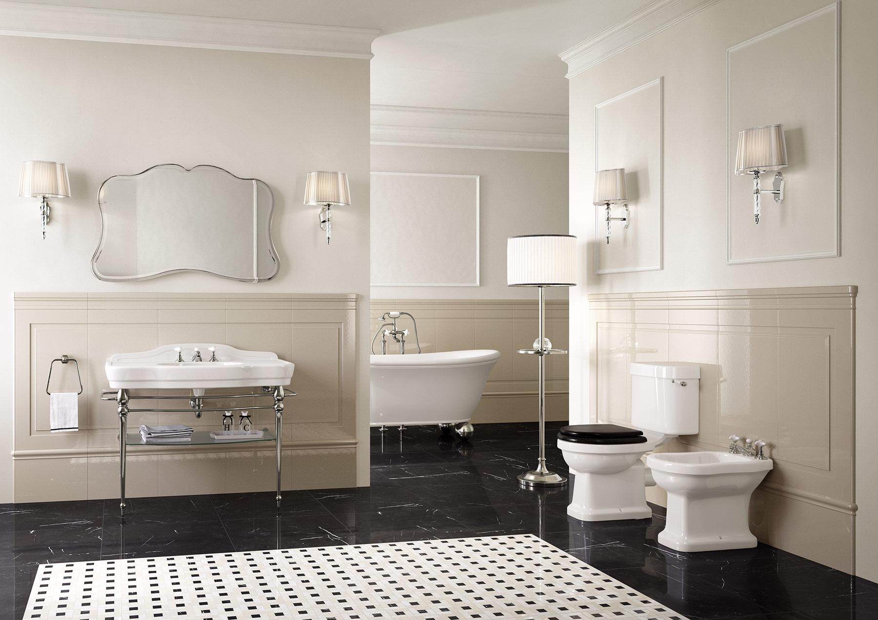 Traditional Blues Floor Mount Toilet Set