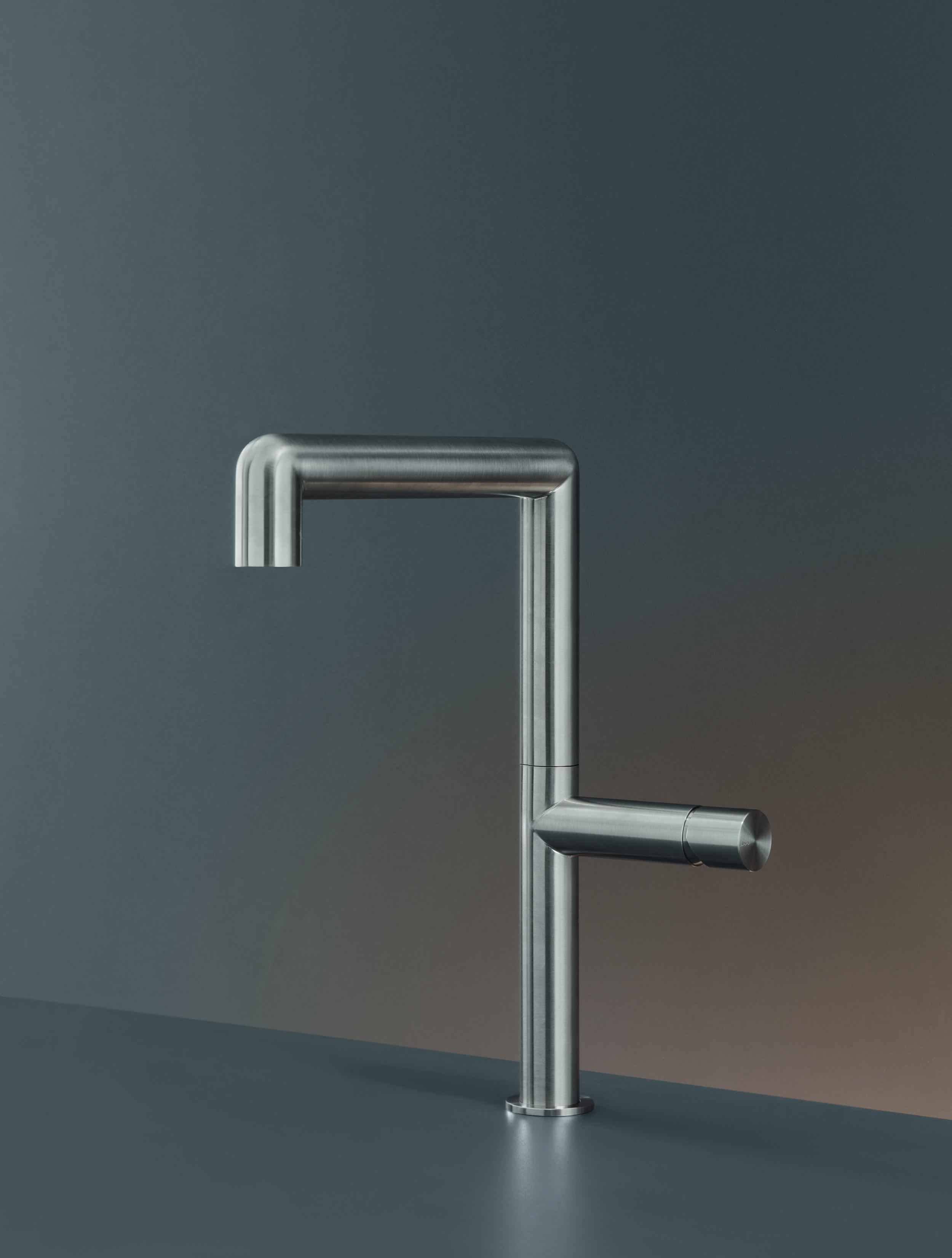Contemporary Cartesio Deck Mount Faucet