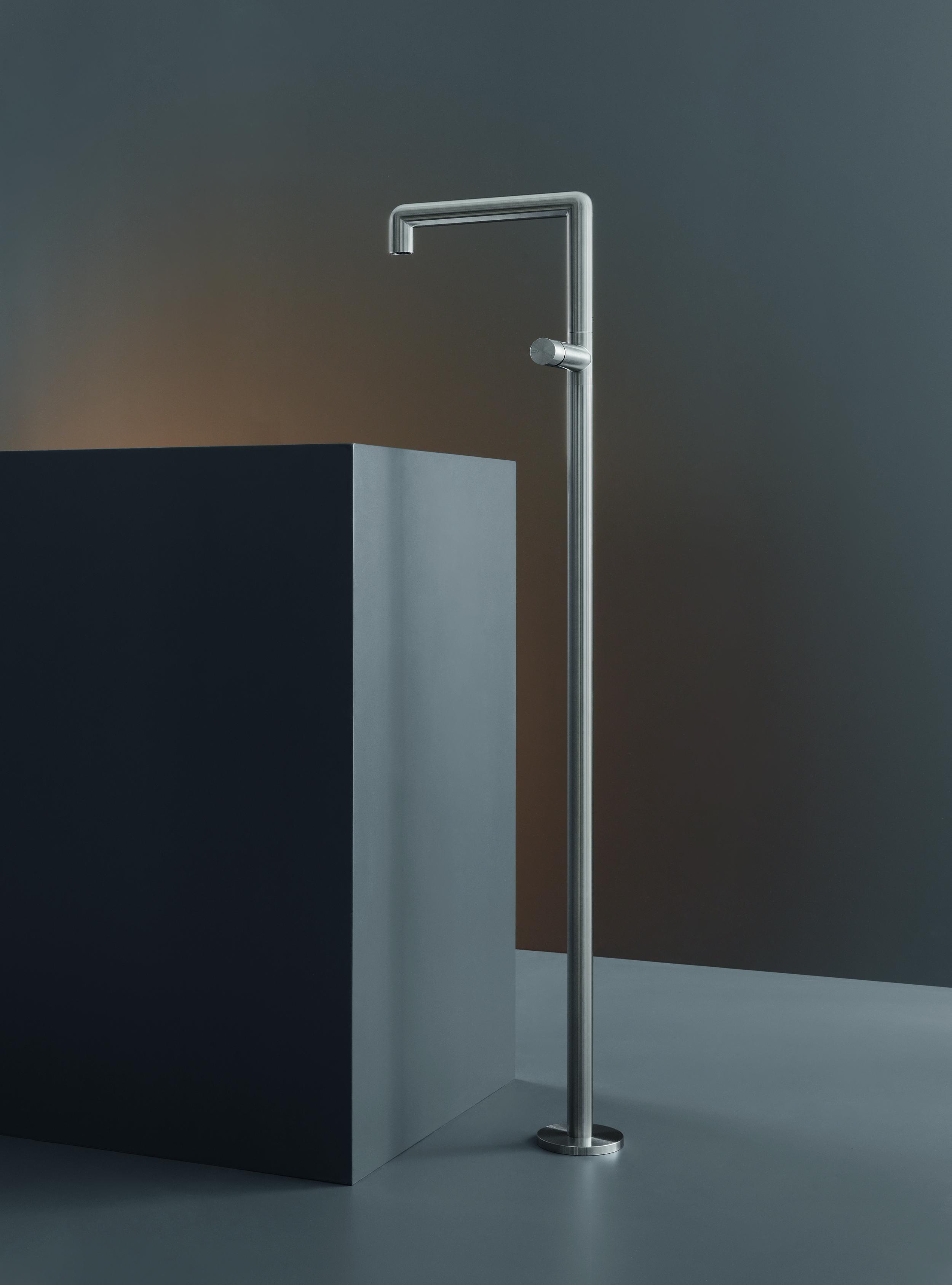 Modern Cartesio Freestanding Faucet