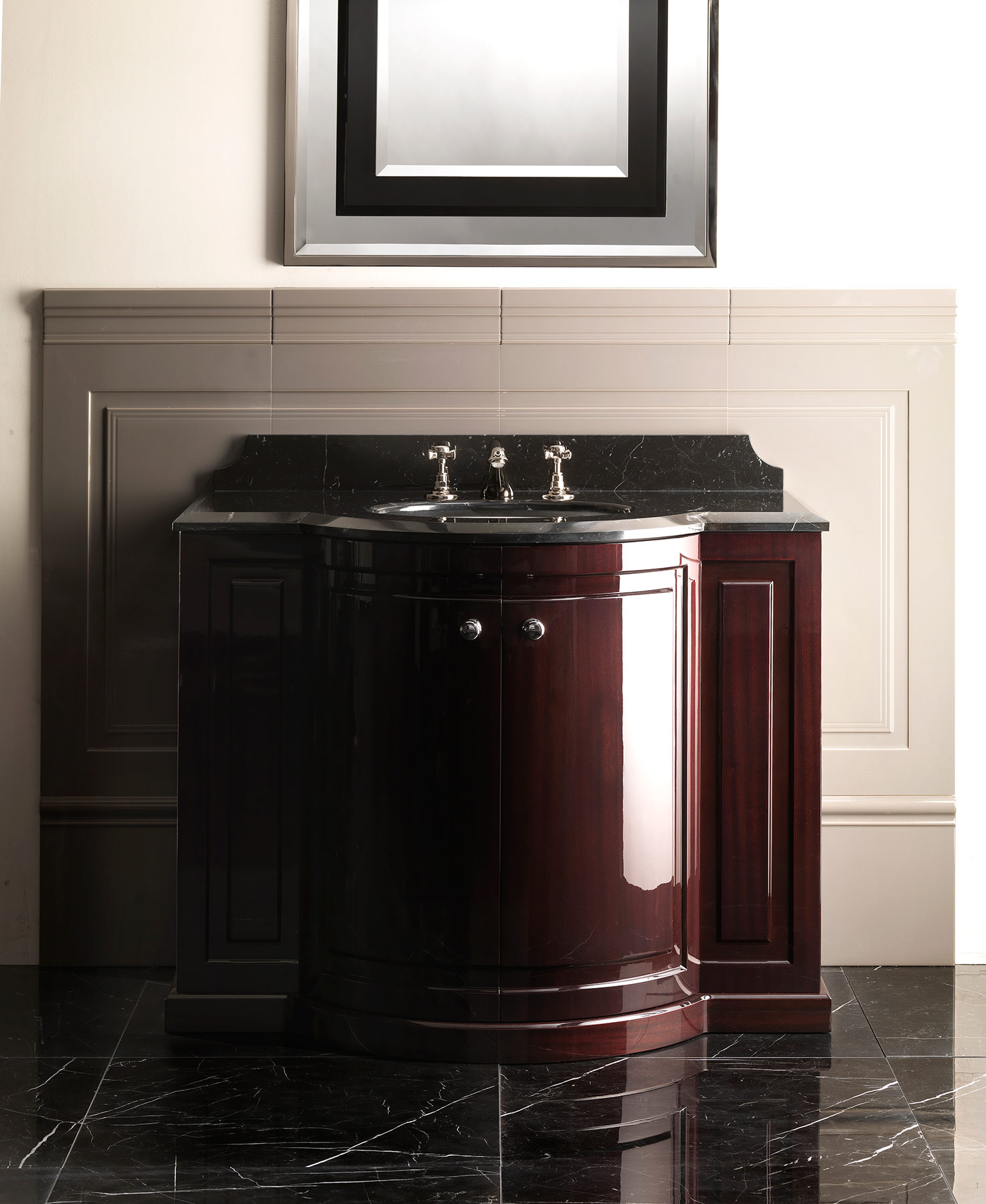 Traditional Clarence Floor Mount Vanity Unit