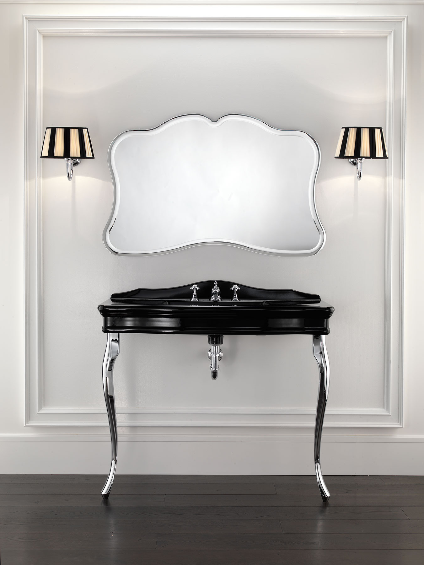 Traditional Colette Wall Mount Console