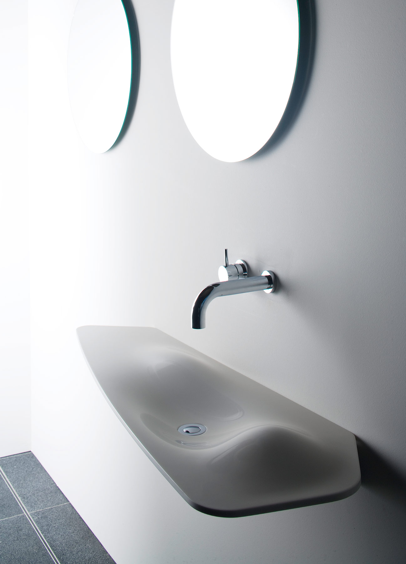 Contemporary Dune Wall Mount Washbasin