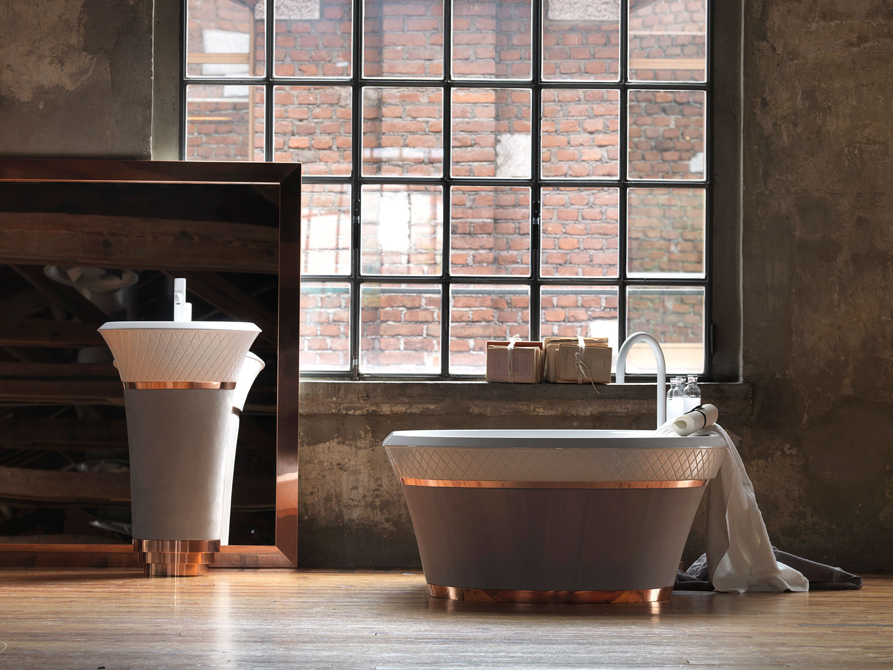 Contemporary George Freestanding Bathtub