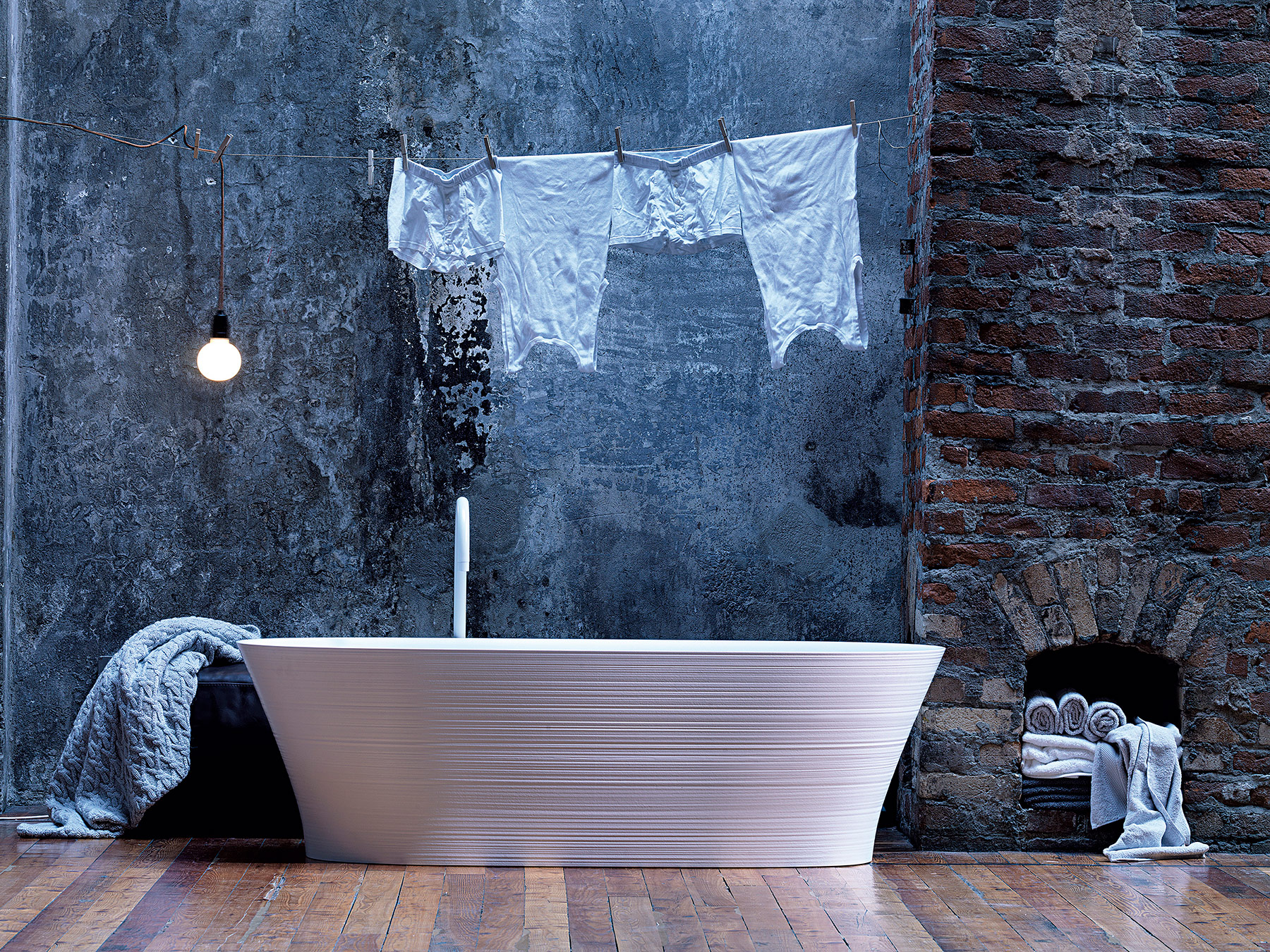 Transitional Handmade Freestanding Bathtub