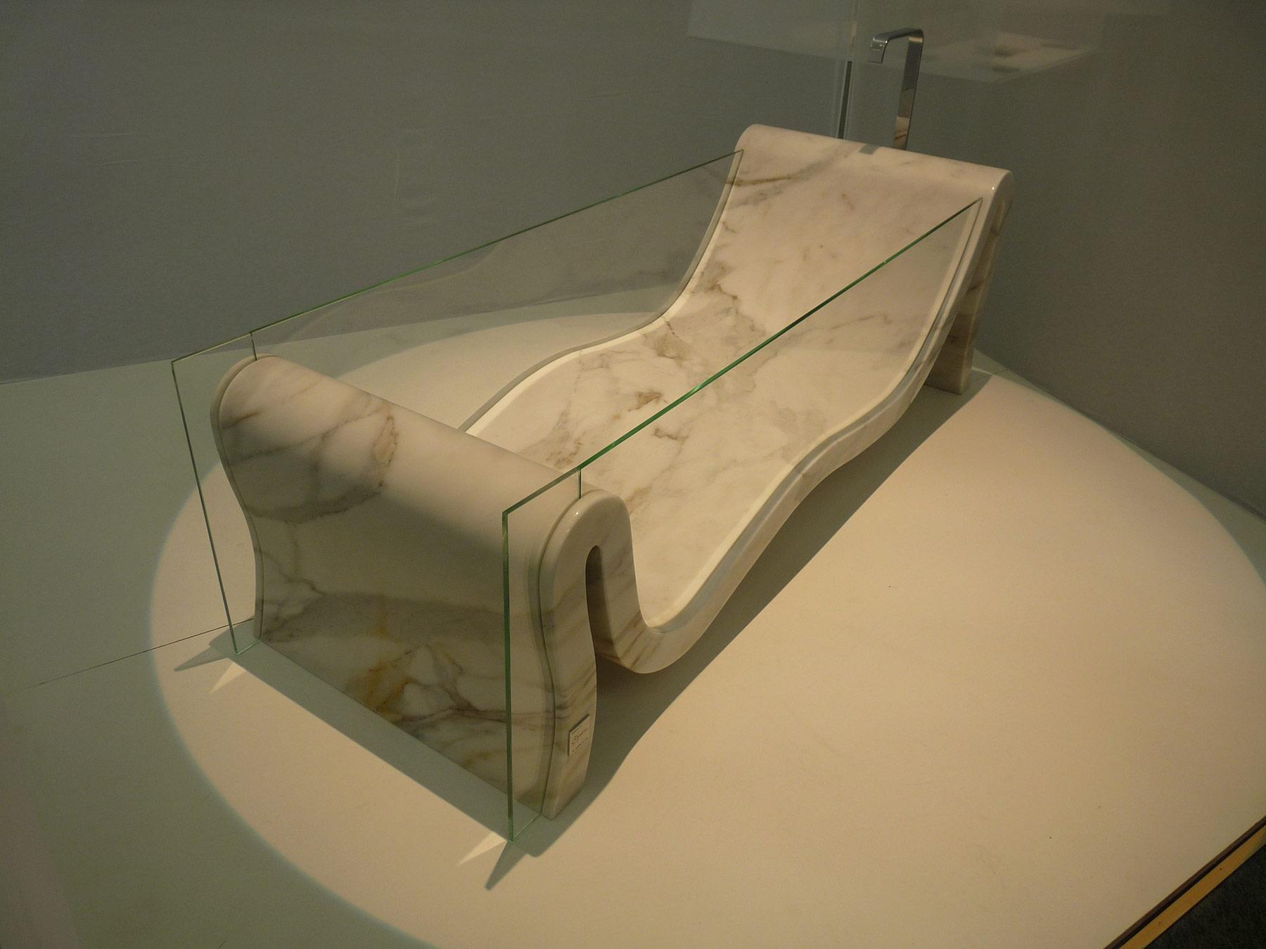 Modern Hydra Freestanding Bathtub