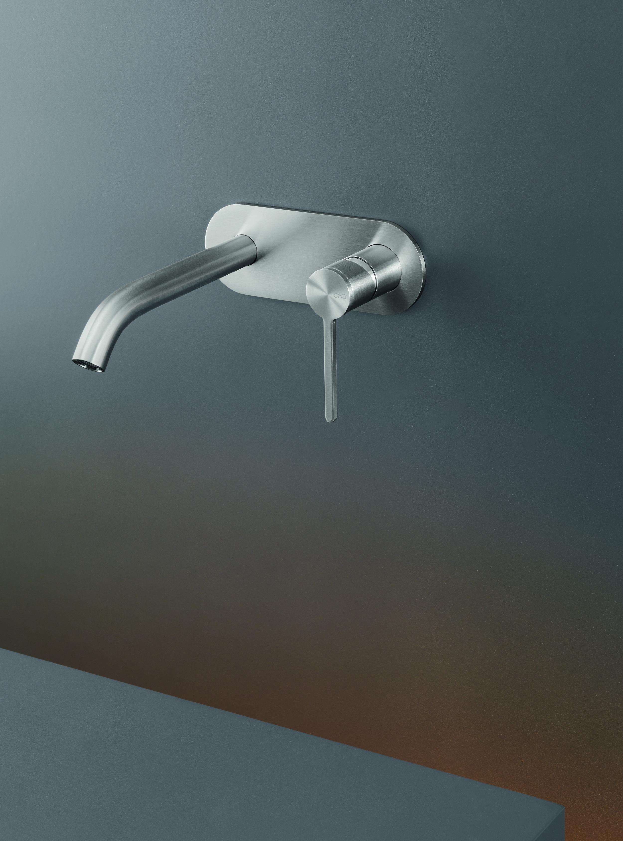 Contemporary Innovo Wall Mount Faucet