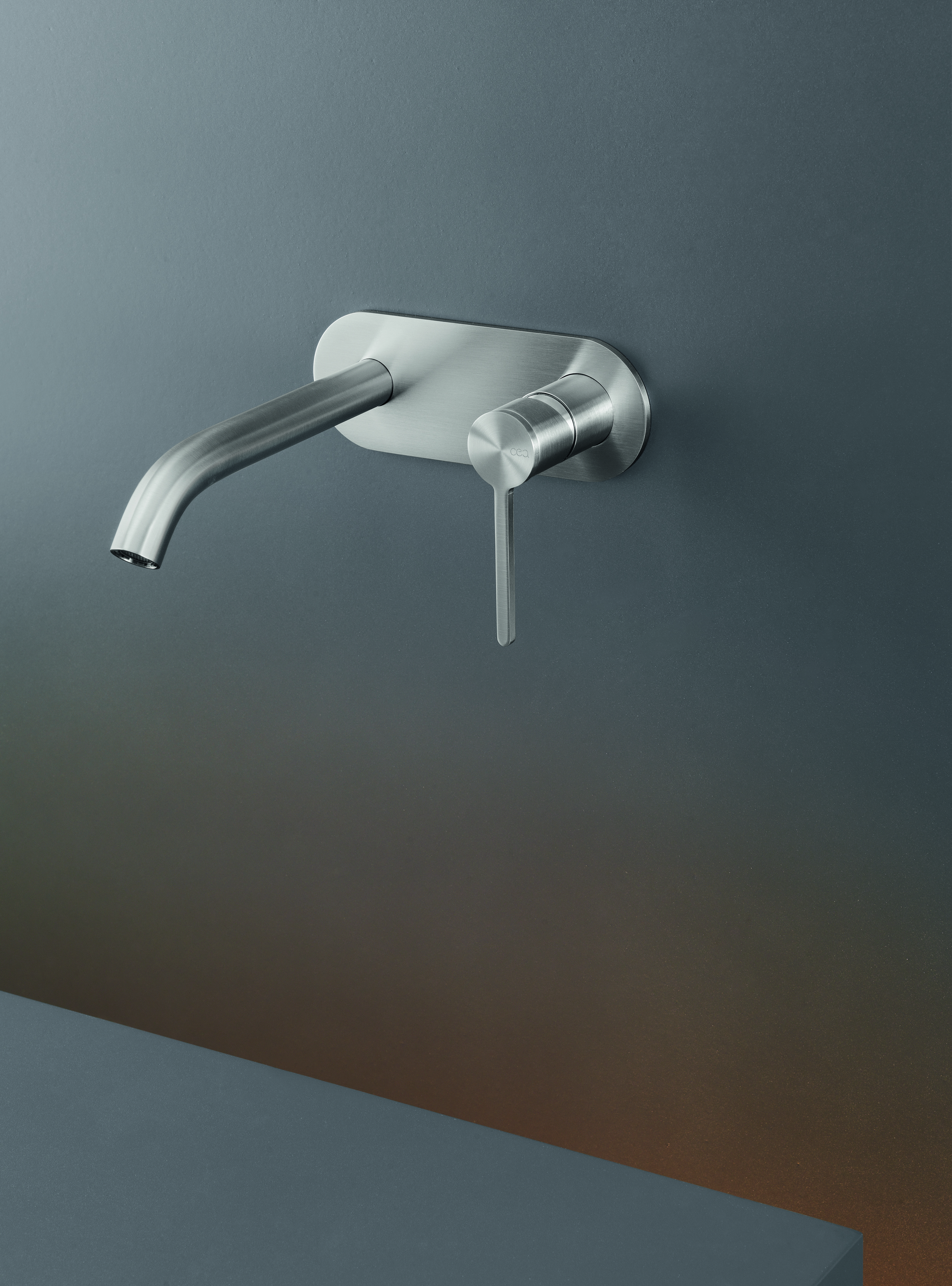 Modern Innovo Wall Mount Faucet