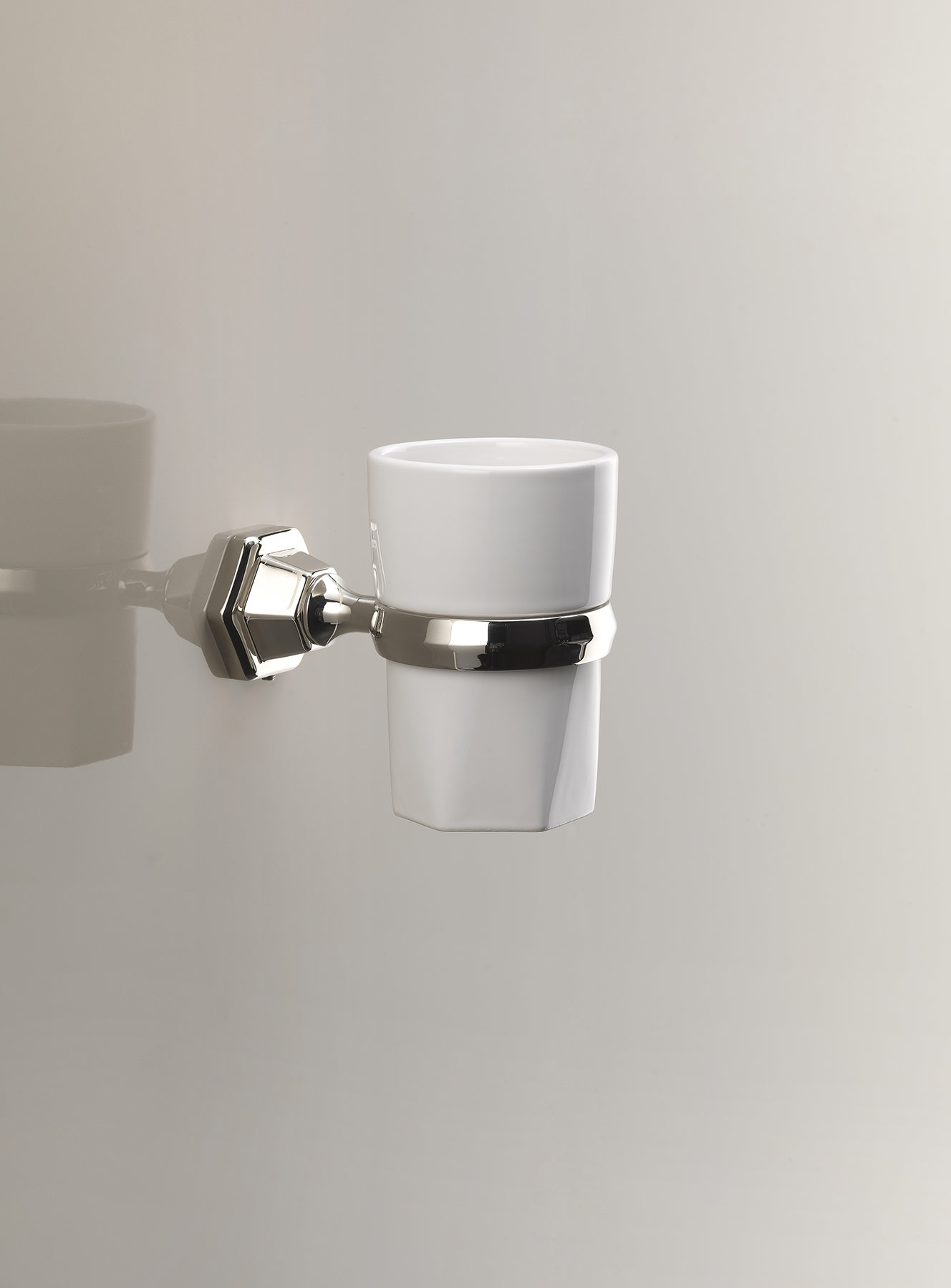 Traditional Jubilee Wall Mount Cup Holder