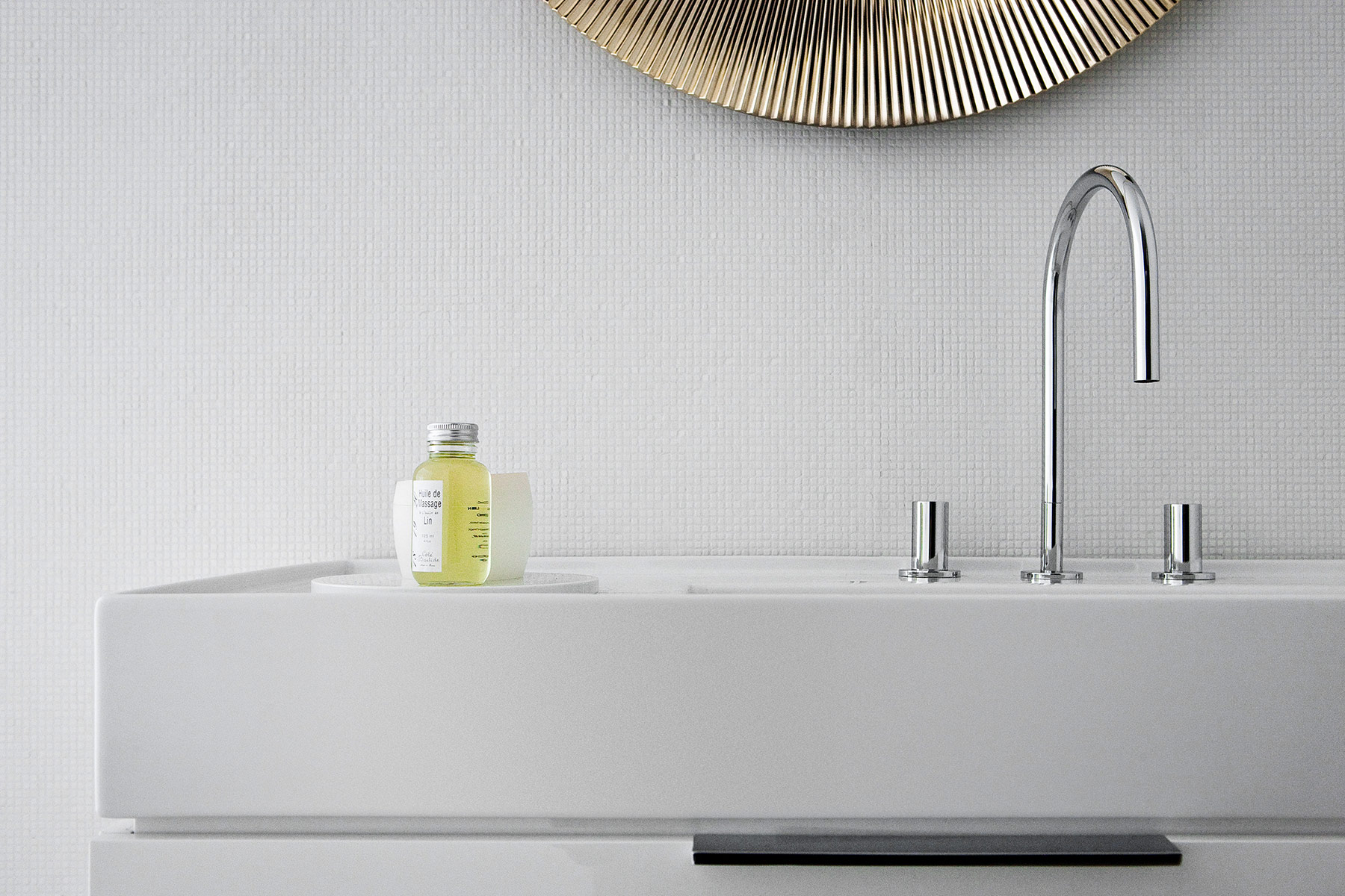Transitional Kartell Deck Mounted Faucet