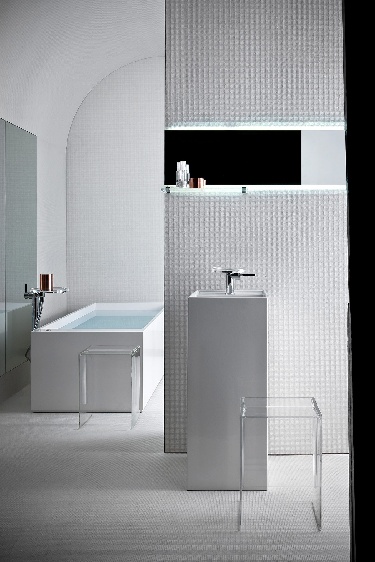 Transitional Kartell Freestanding Washbasin