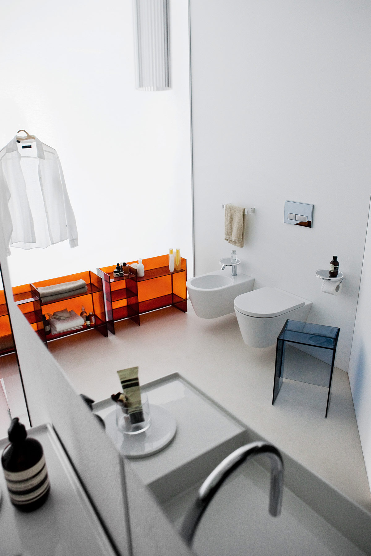 Transitional Kartell Wall Mount Bidet