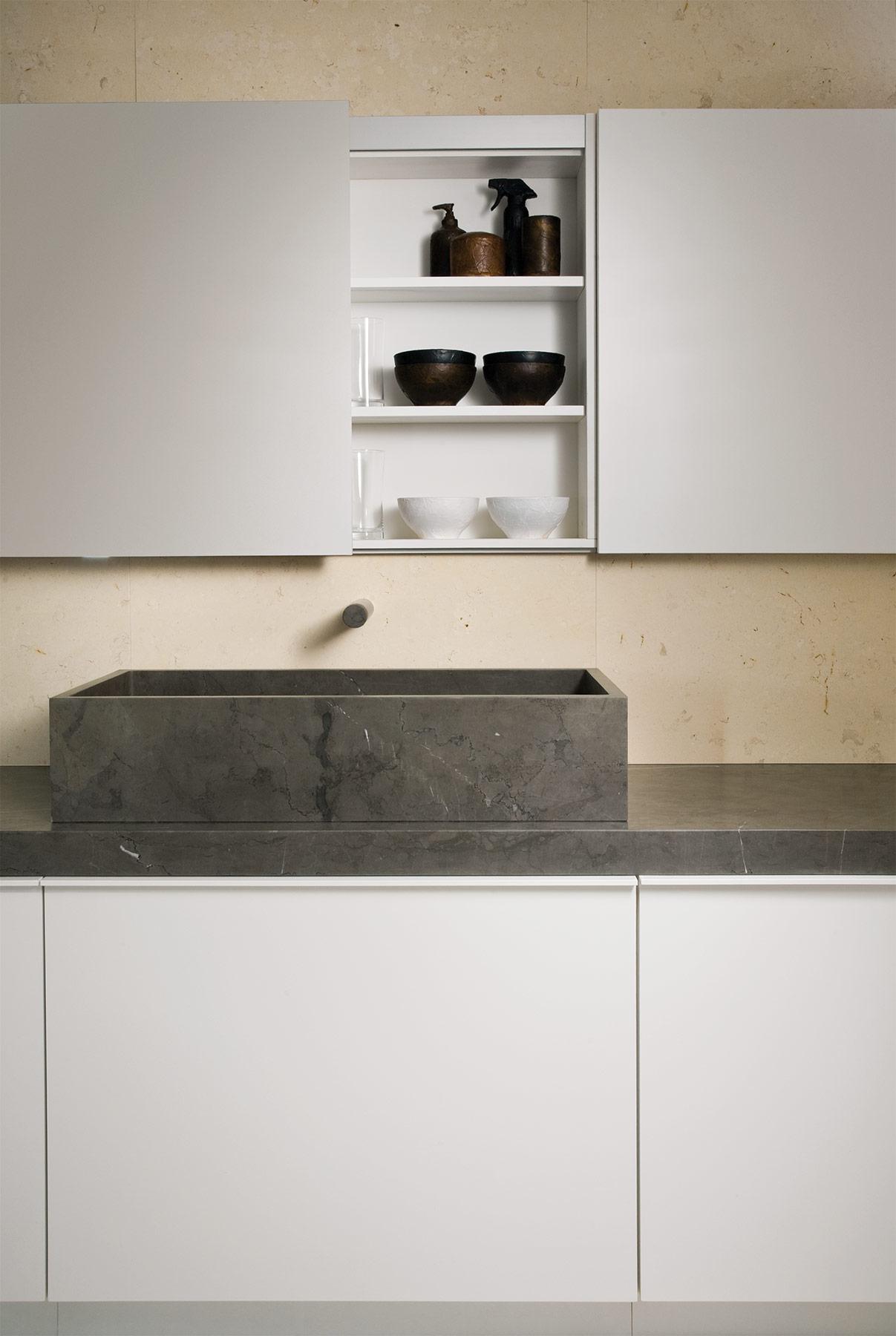 Transitional LeCave Countertop Washbasin