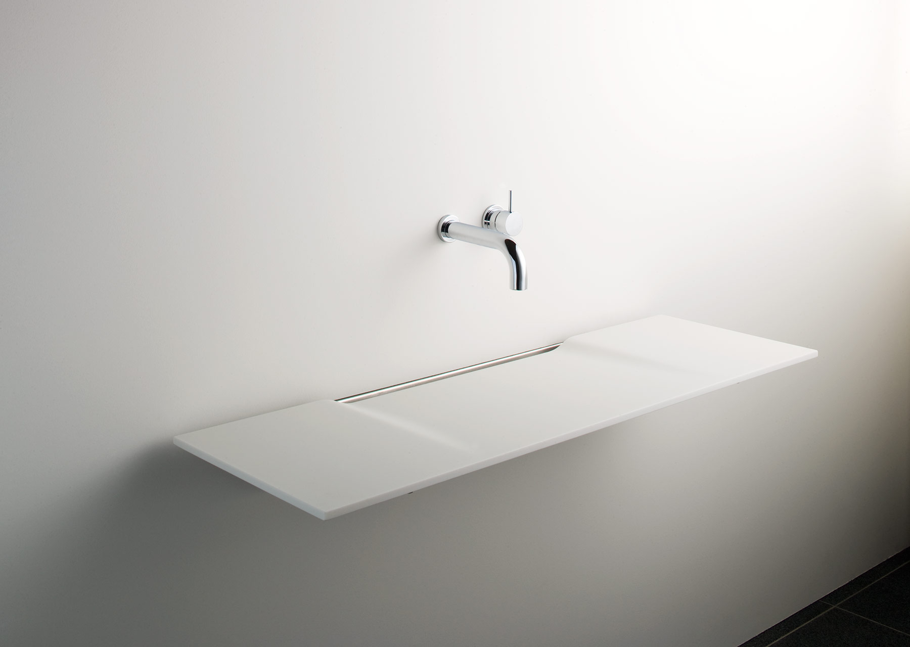 Modern Linea Wall Mount Washsurface