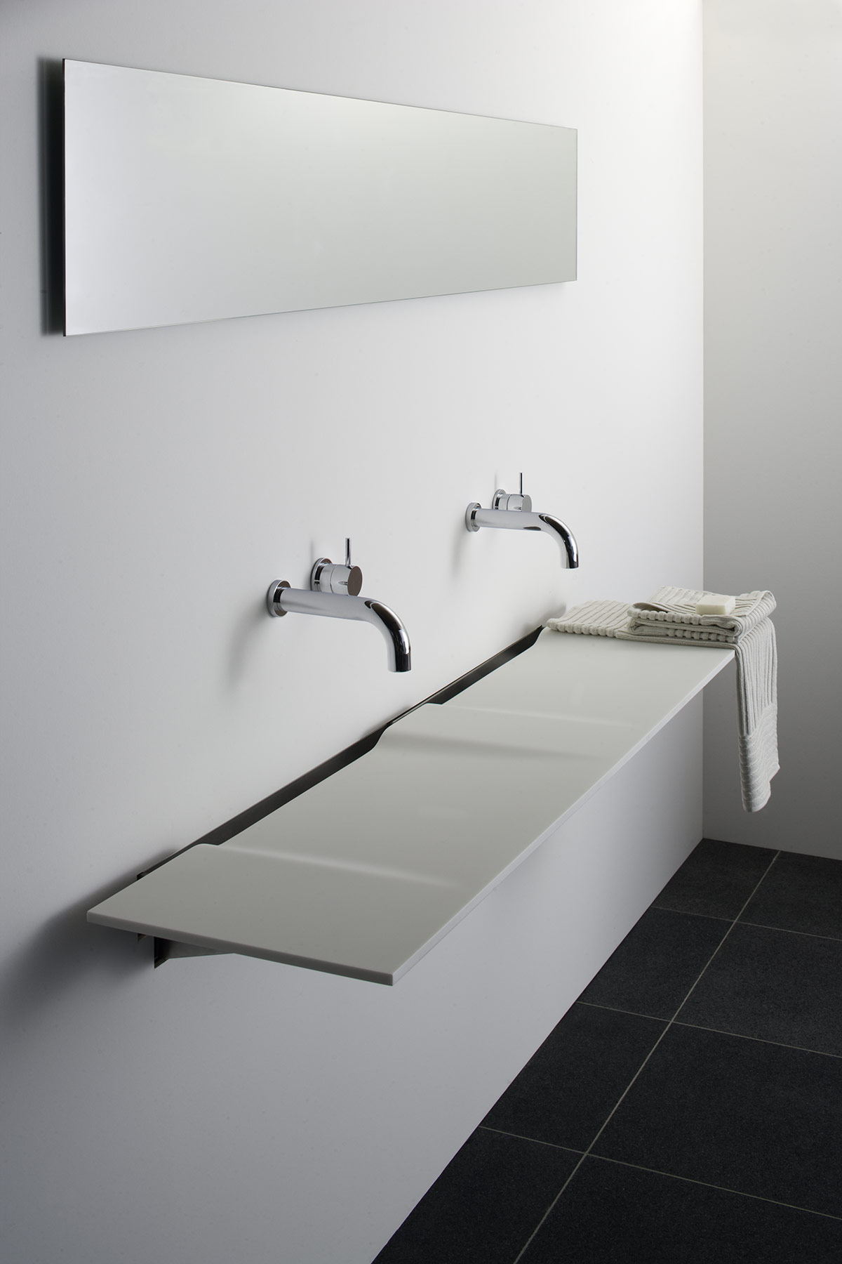 Contemporary Linea Wall Mount Washsurface