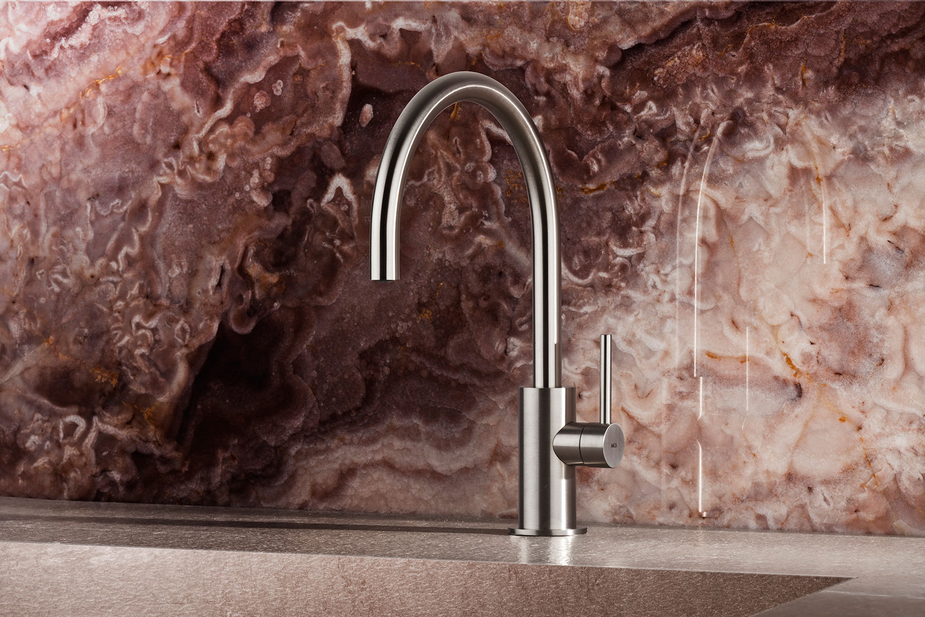 Transitional Spin Deck Mount Kitchen Faucet
