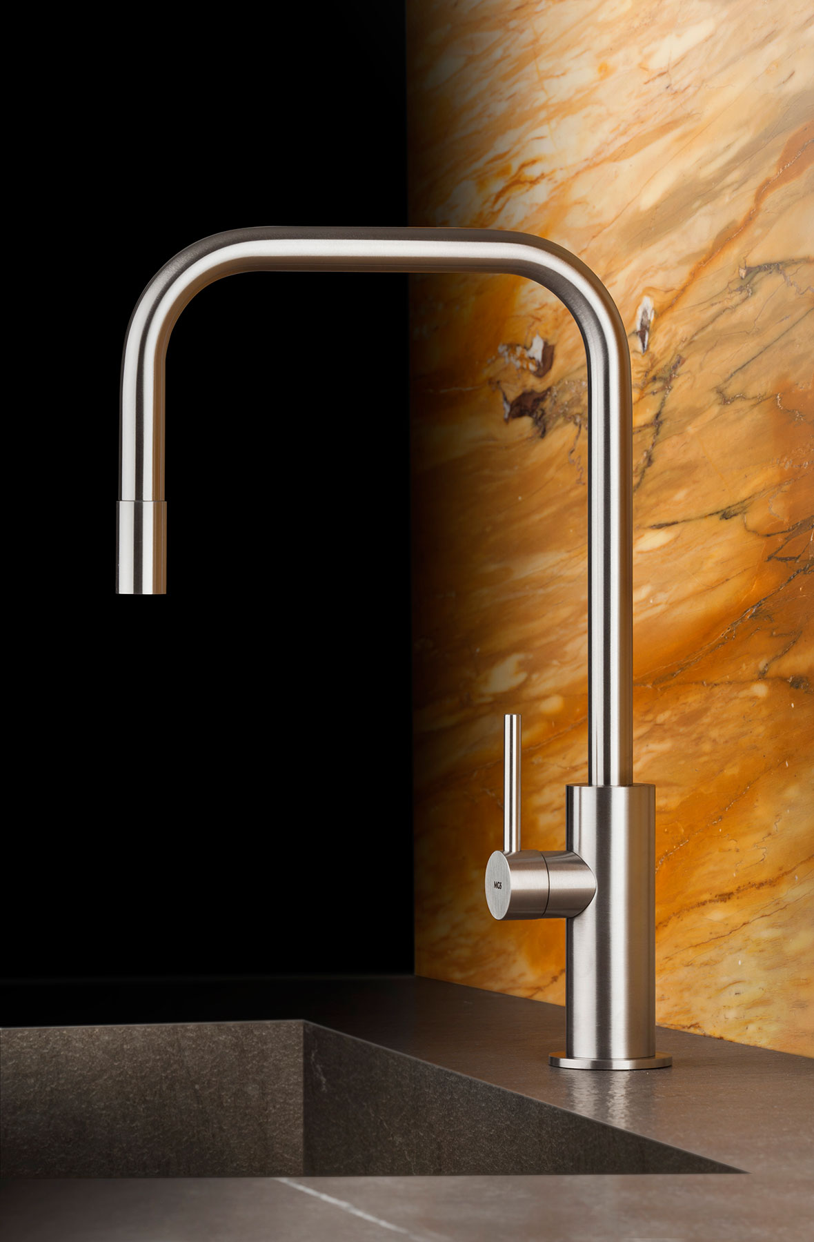 Transitional Spin_SQE Deck Mount Kitchen Faucet