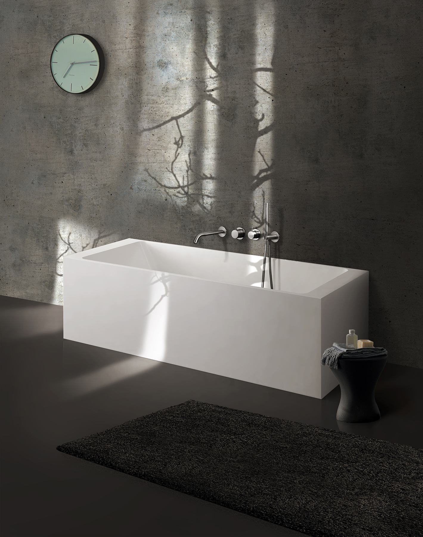 Modern Metrix Rectangular Freestanding Bathtub