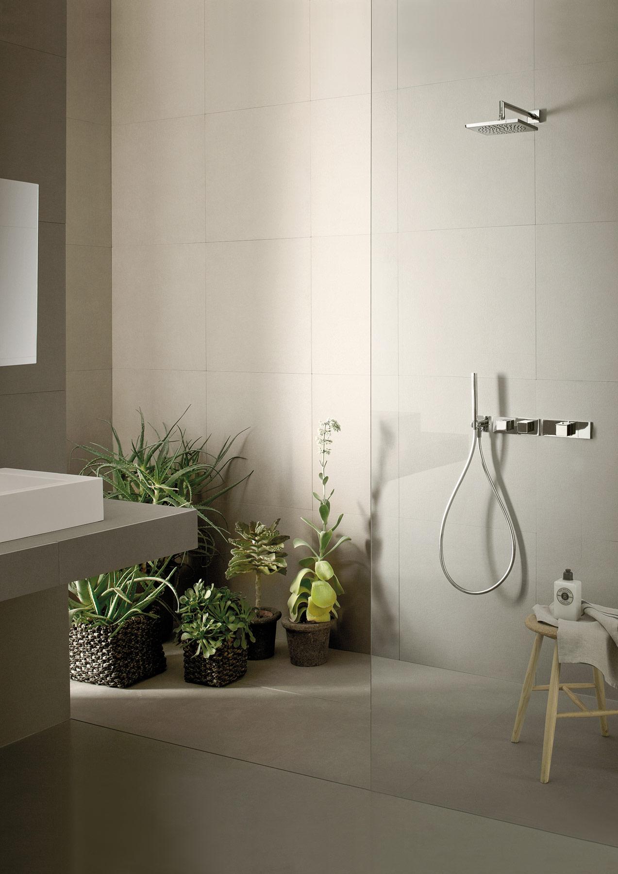 Contemporary Mint Wall Mount Shower Set