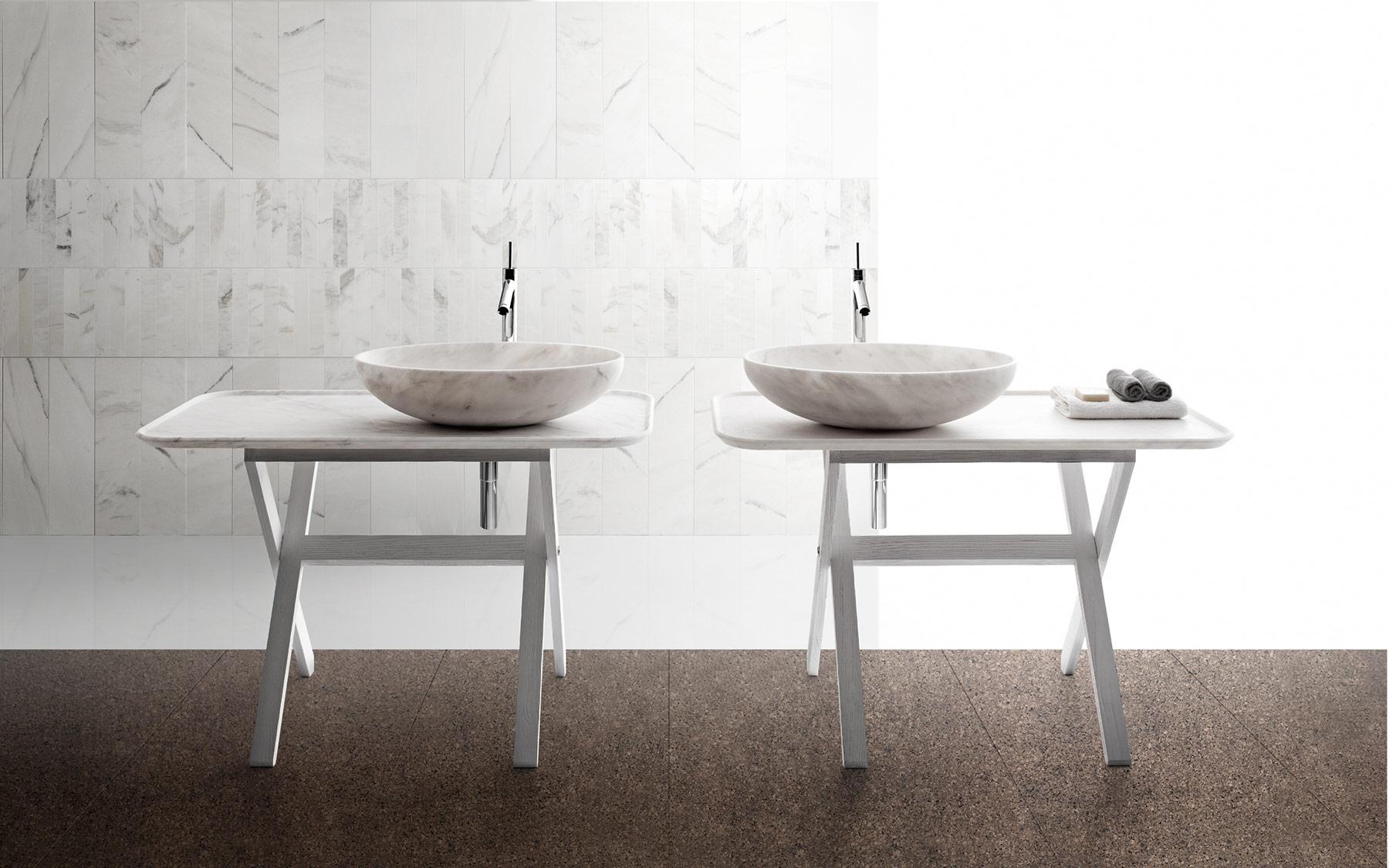 Transitional Nabhi Floor Mount Washbasin Set