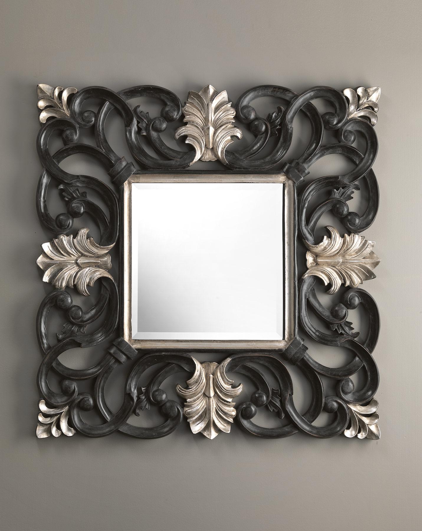 Traditional Nabucco Wall Mount Mirror