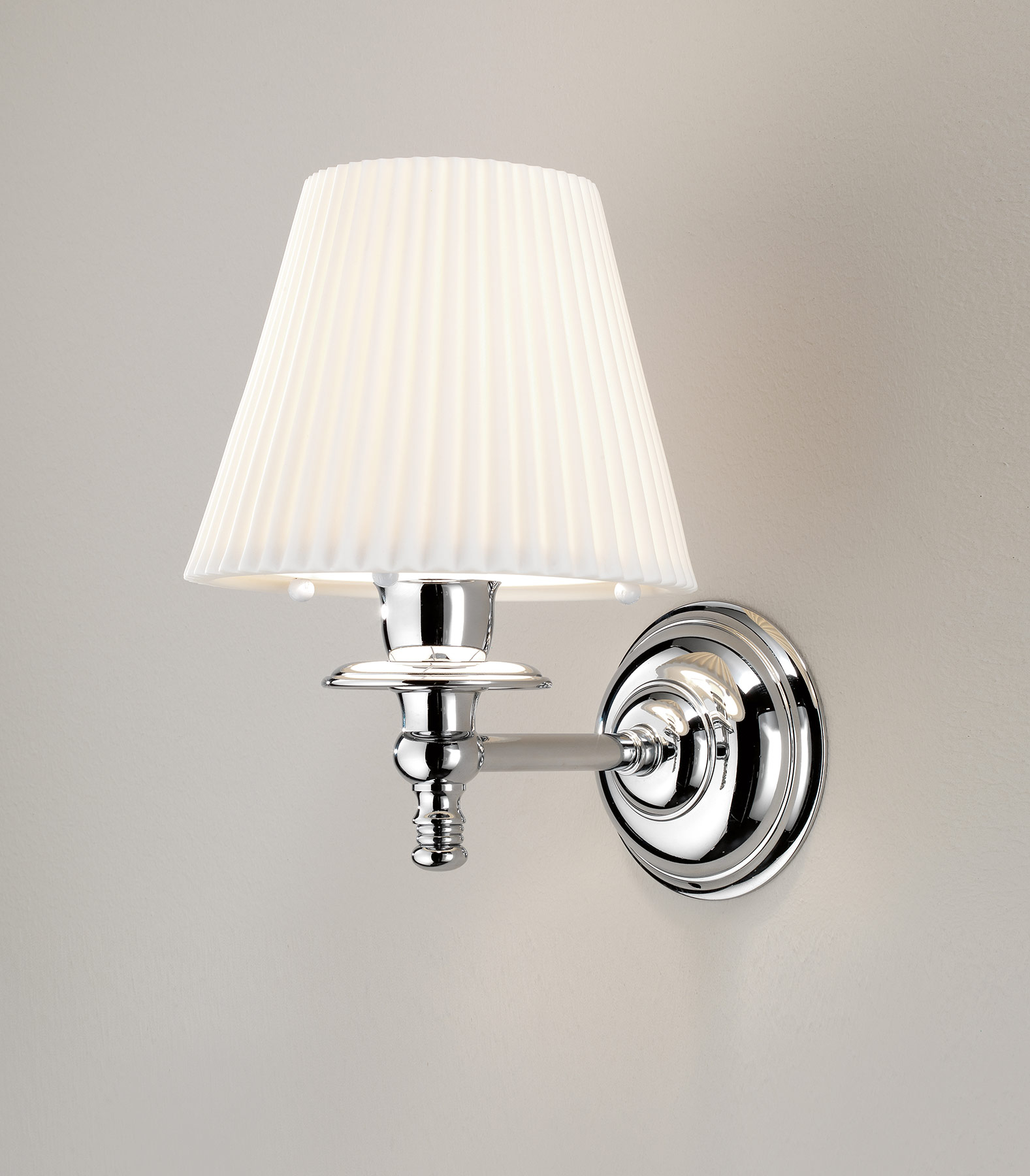 Traditional Plisse Wall Mount Lamp