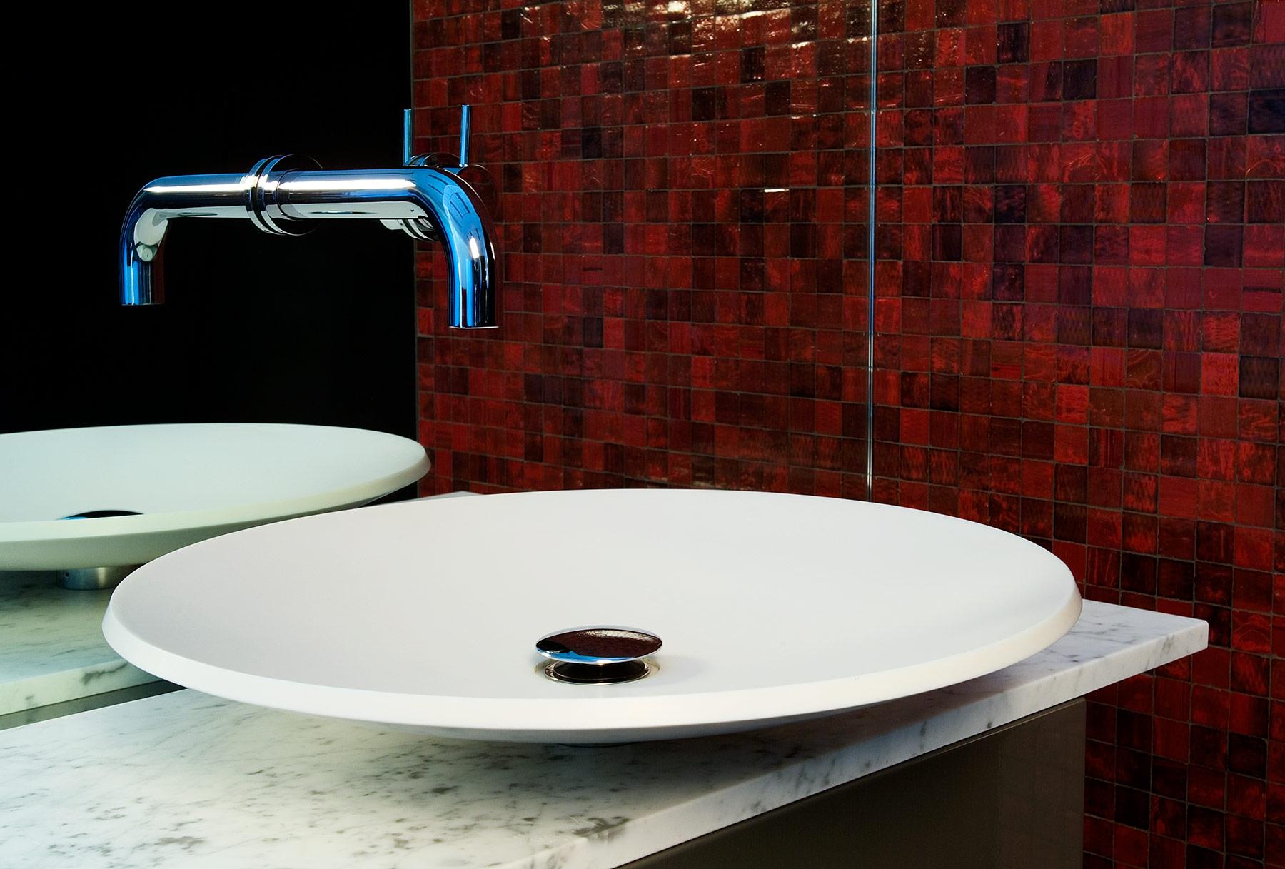 Modern Pond Countertop Washbasin