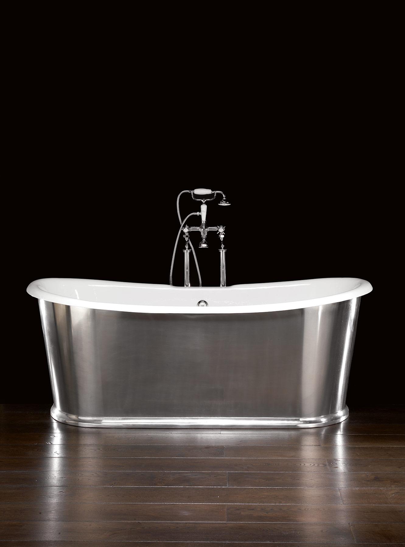 Transitional Regal Freestanding Bathtub