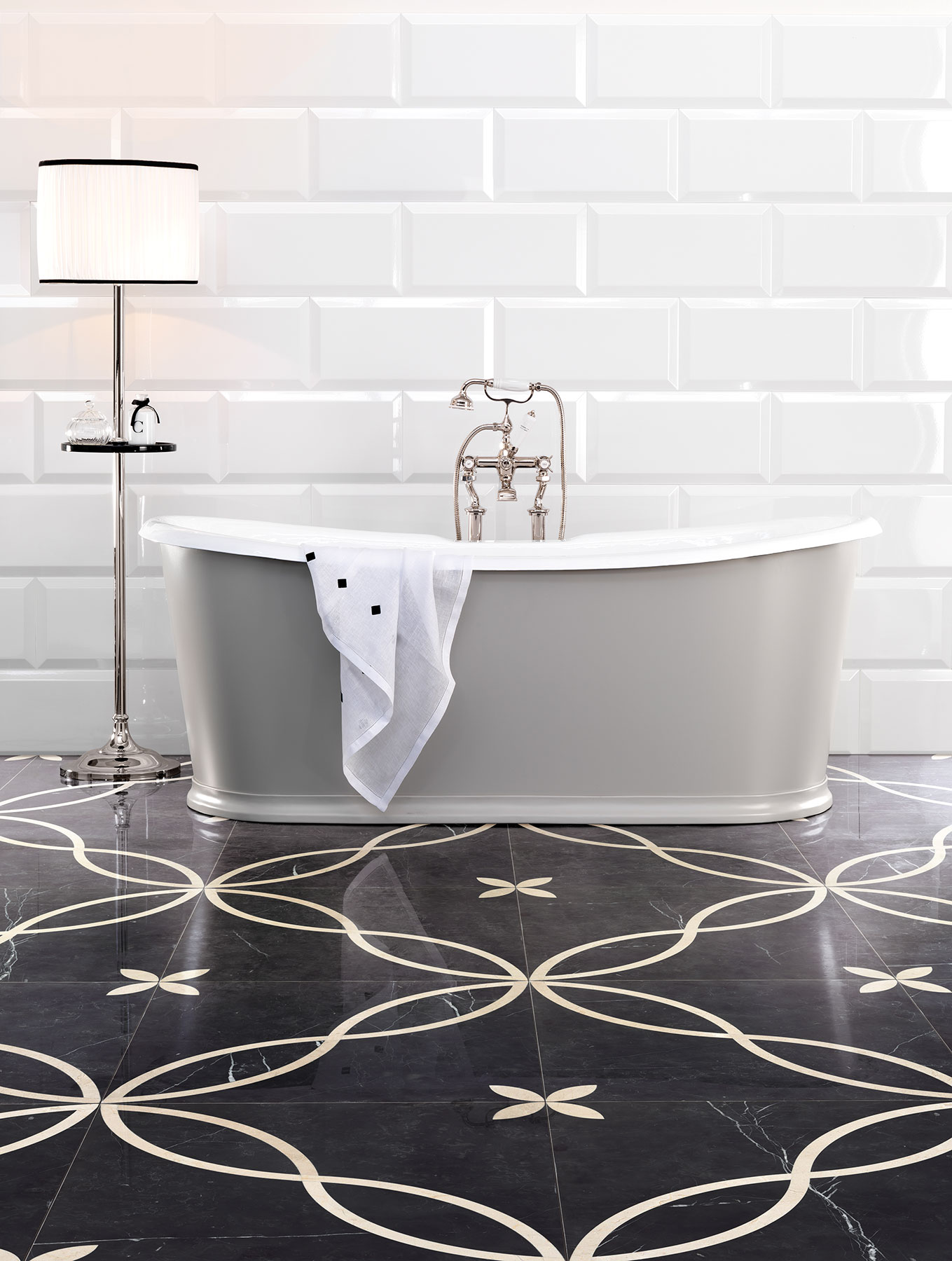 Transitional Regal Freestanding Bathtub