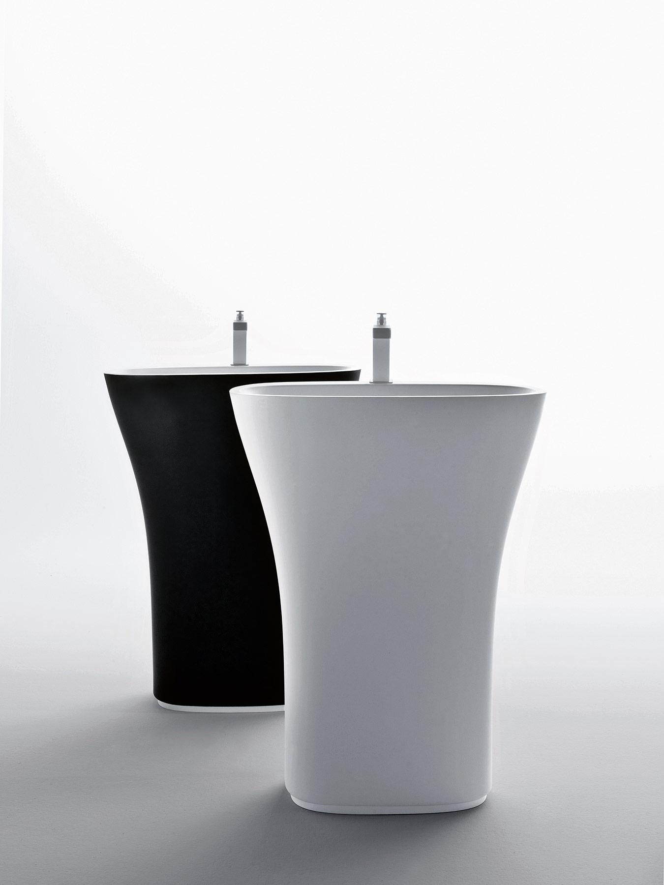 Transitional Scoop Freestanding Washbasin