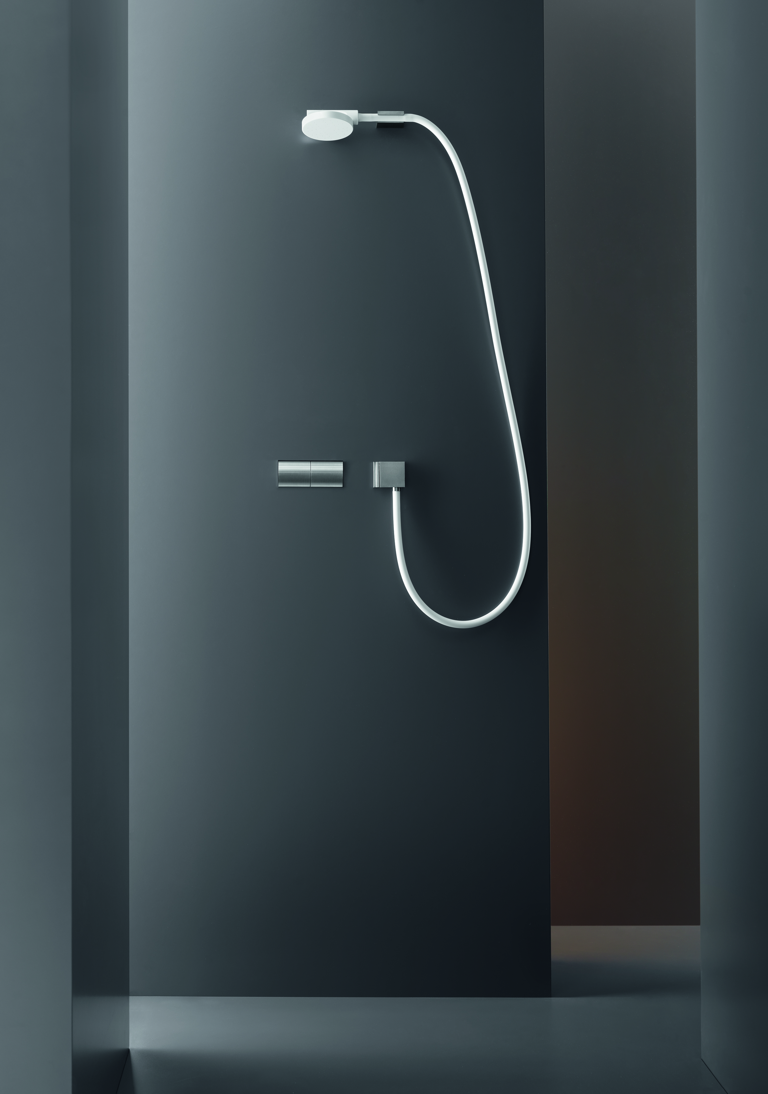 Contemporary Switch Wall Mount Shower Set