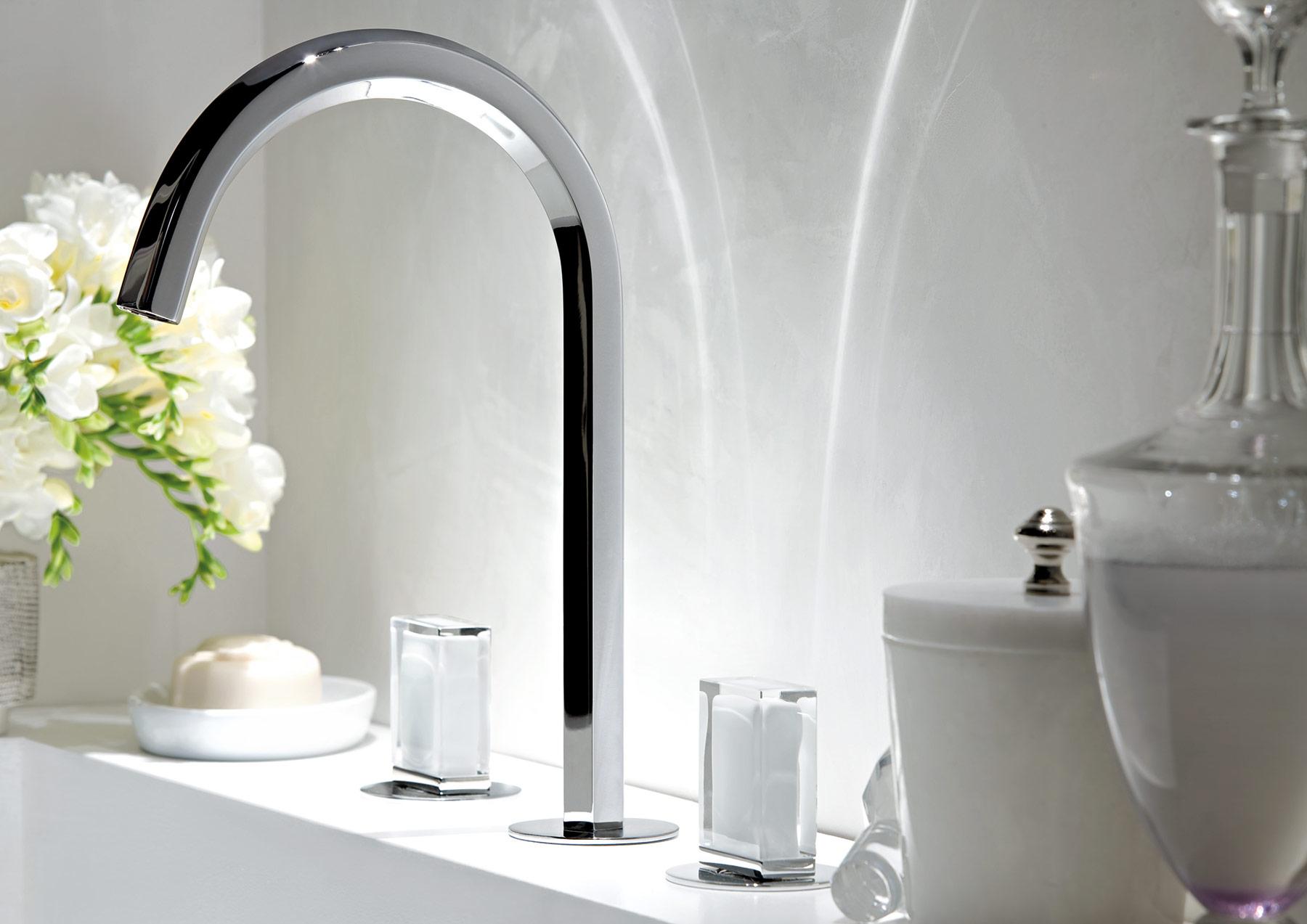 Modern Venezia Deck Mount Faucet