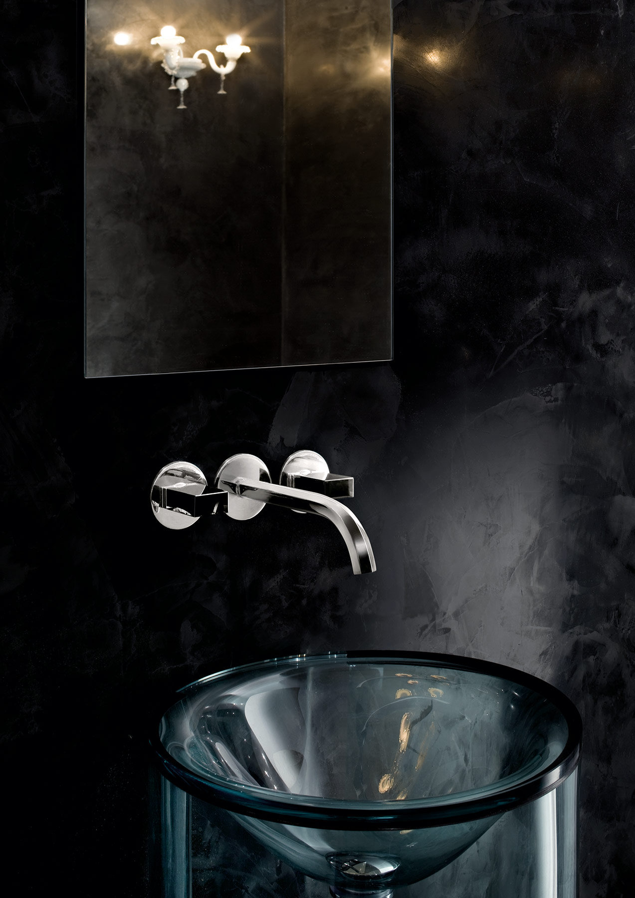 Contemporary Venezia Wall Mount Faucet