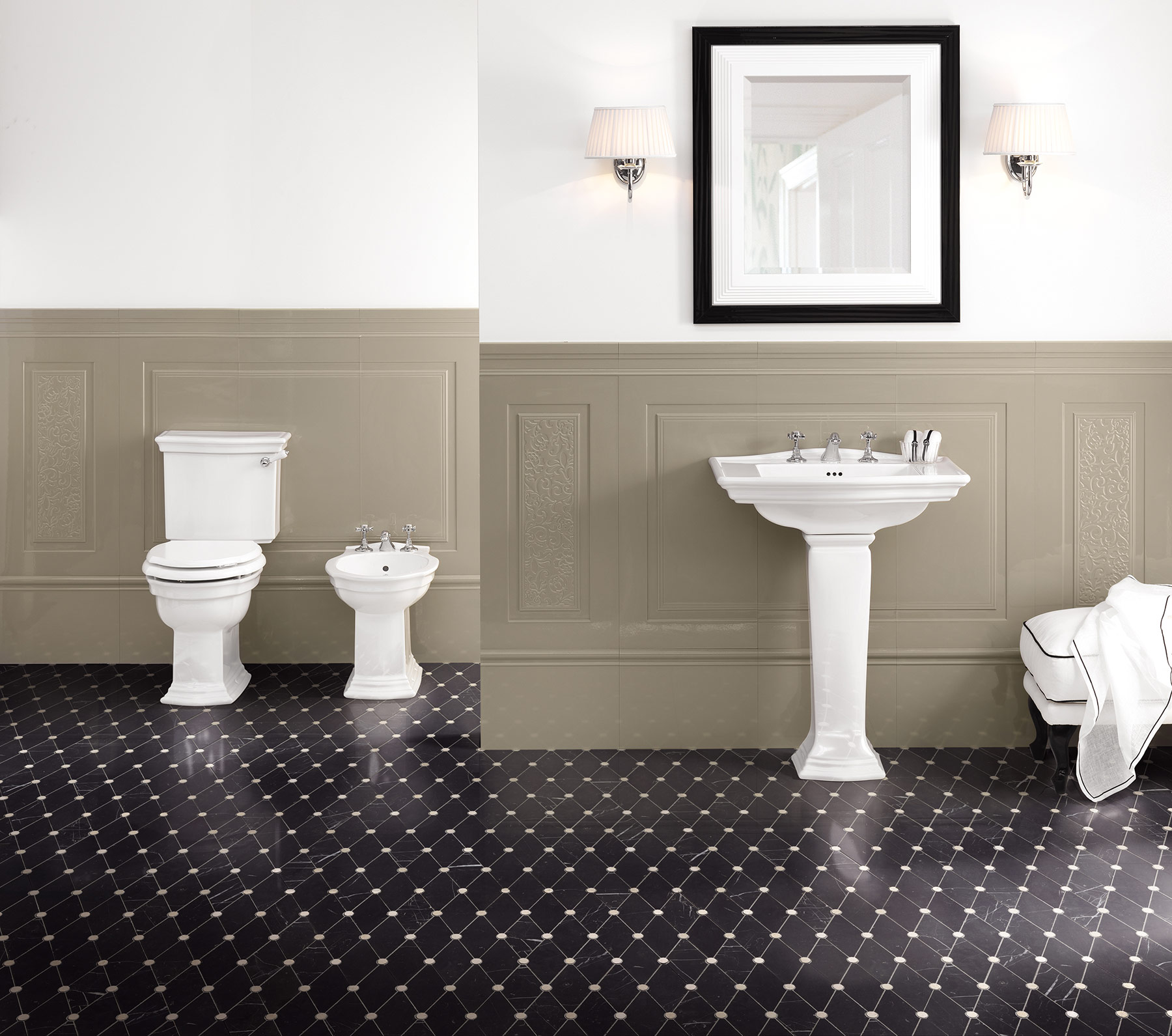 Traditional Westminster Floor Mount Toilet Set